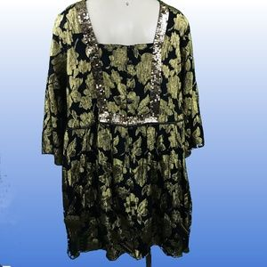 New full front button down long black golden top